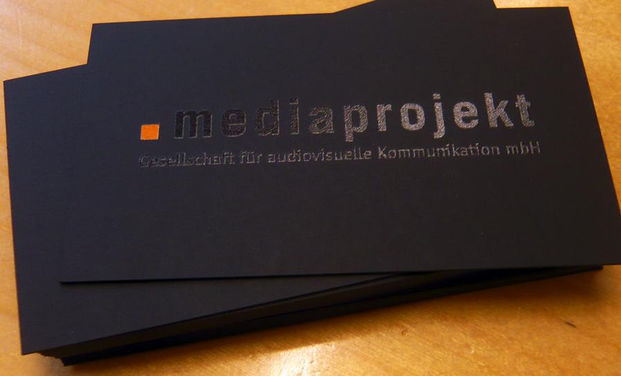 Schwarz auf schwarz gedruckt for Visitenkarten ideen