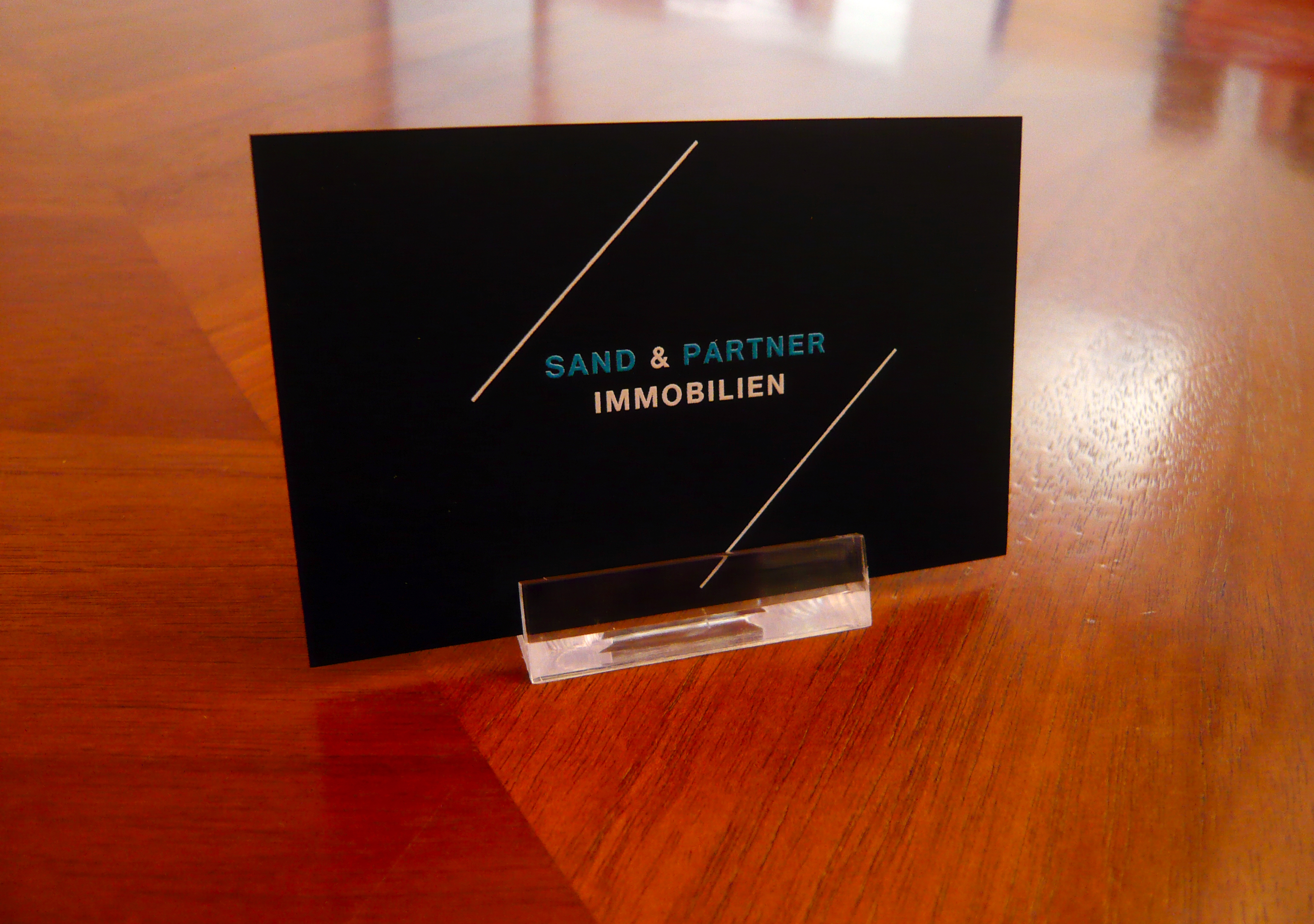 Visitenkarten aus schwarzem fein karton tipps tricks for Visitenkarten ideen