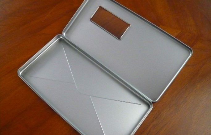 DIN lang Blechdose in Briefumschlag-Optik - mit Fenster