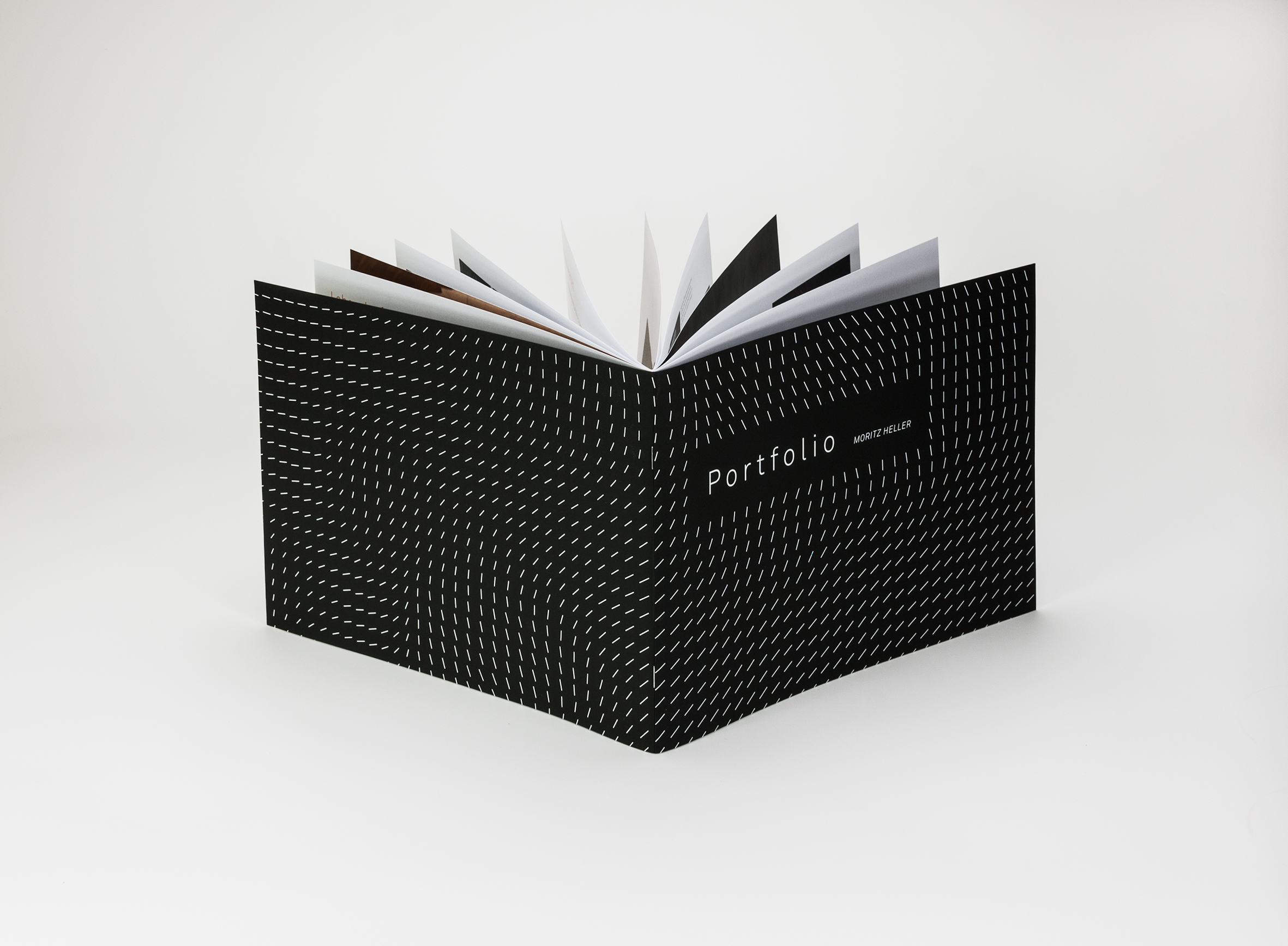 edle brosch re mit mattschwarzem umschlag tipps tricks und ideen aus dem blog. Black Bedroom Furniture Sets. Home Design Ideas