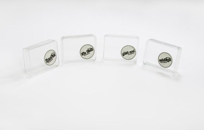 Sticker auf weißer PVC-Folie, rund gestanzt