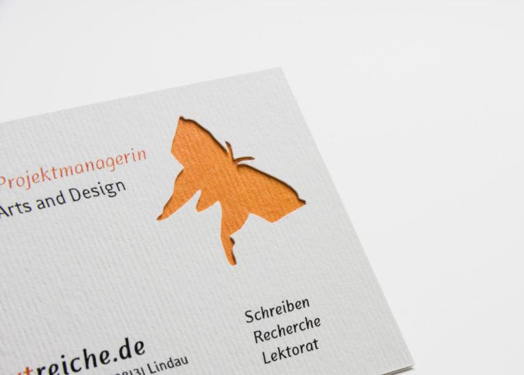 2-fach kaschierte Visitenkarte mit Laserstanzung