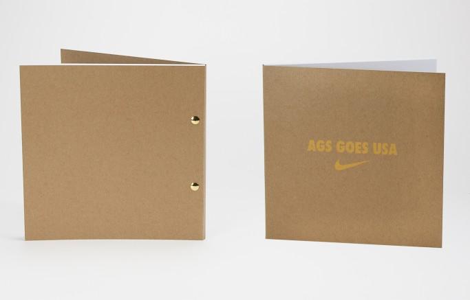 Broschüren mit halbverdeckter Buchschraubenbindung, Umschlag aus Kraftkarton