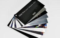 495-Broschuere-99x210mm-Curious Skin auf Black Magic kaschiert, innen Hitec chrom -7083--1