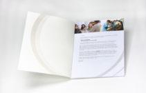509-Broschuere_Chromolux 700g_Druckfein_Klebebindung_Mattcellophanierung_A4-7370--1