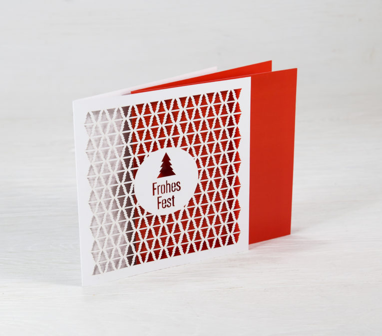 Weihnachtskarte mit filigraner Stanzung